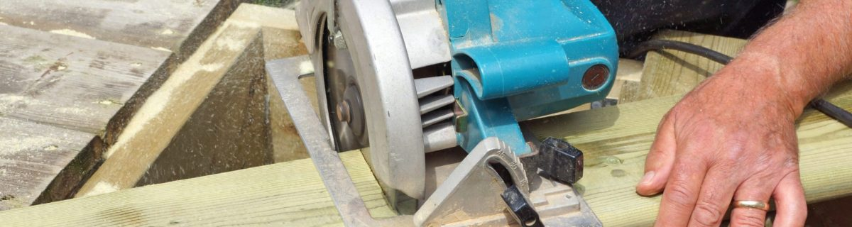 Cutting deck board with power saw